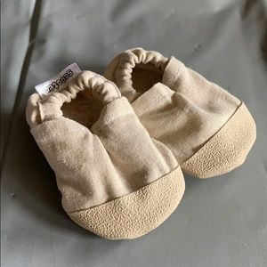 Scooter Booties Tan Moccasins Size 0-6 Months